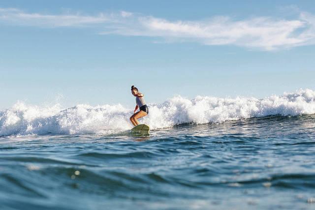 web1_AIRBNB_SURFING_ADV20